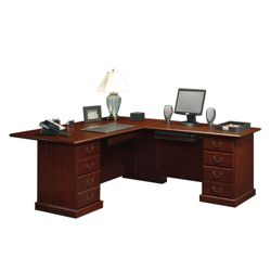 Traditional Reversible L-Desk