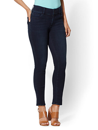 Soho Jeans - NY&C Runway - Super Stretch - Curvy Legging | Tuggl