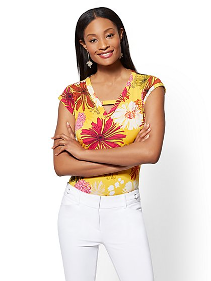 7th Avenue - Yellow Floral Criss-Cross V-Neck Top - New York & Company