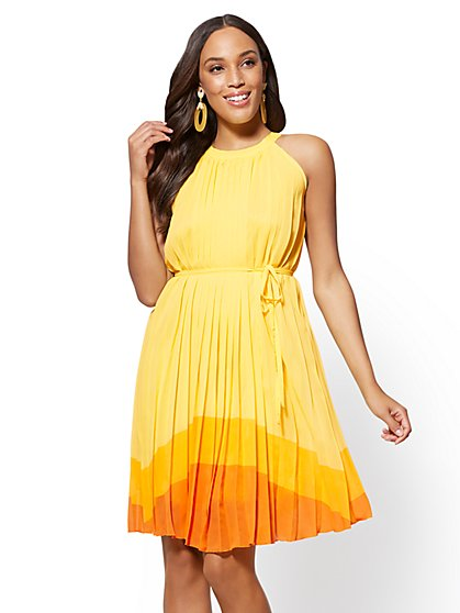 Colorblock Pleated Halter Shift Dress - New York & Company