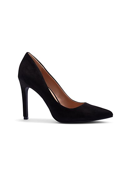 Contrast-Trim Black Pump - New York & Company