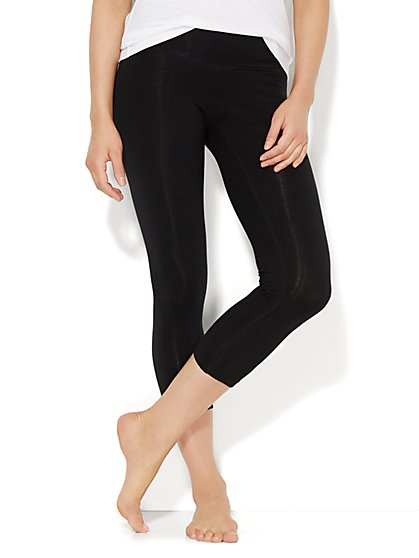 Crop Yoga Legging - Solid - New York & Company
