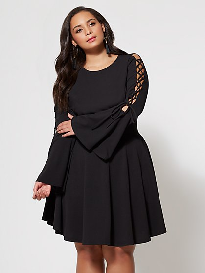 FTF Tia Bell Sleeve Dress - New York & Company
