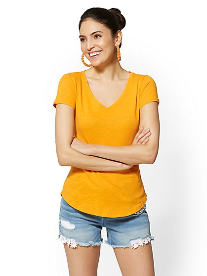 Hampton V-Neck Tee - New York & Company