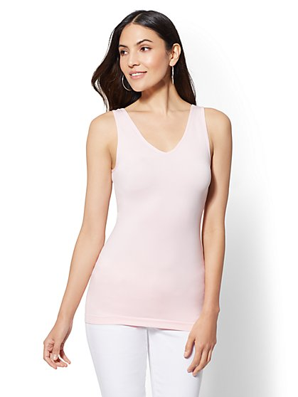 Sleek and Chic Seamless Reversible Tank Top - New York & Company
