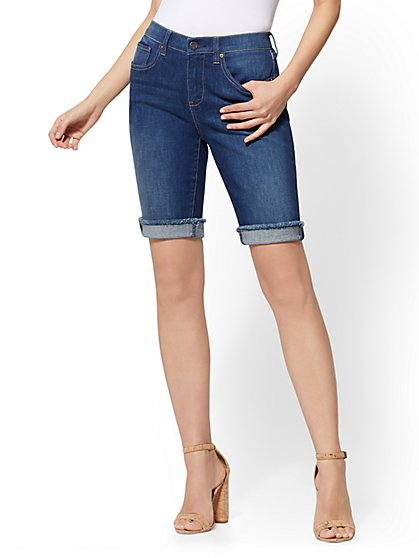 Soho Jeans - Curvy 10 Inch Boyfriend Bermuda Short - Dark Tide Wash - New York & Company