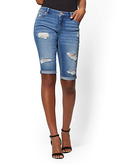 Soho Jeans - Destroyed Bowery Boyfriend 13 Inch Bermuda - Blue Society Wash - New York & Company