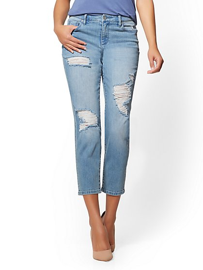Soho Jeans - Destroyed High-Waist Retro - Blue Valley Wash - New York & Company