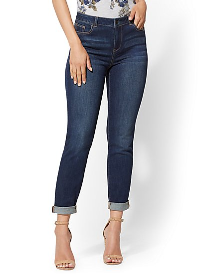 Soho Jeans - High-Waist Curvy Boyfriend - Flawless Blue - New York & Company