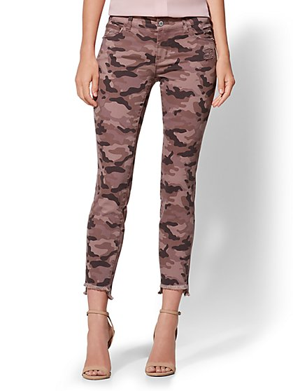 Soho Jeans - NY&C Runway - Ankle Legging - Mauve Camo - New York & Company