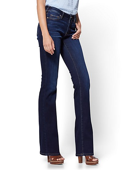 Soho Jeans - Petite Curvy Bootcut - Blue Tease Wash - New York & Company