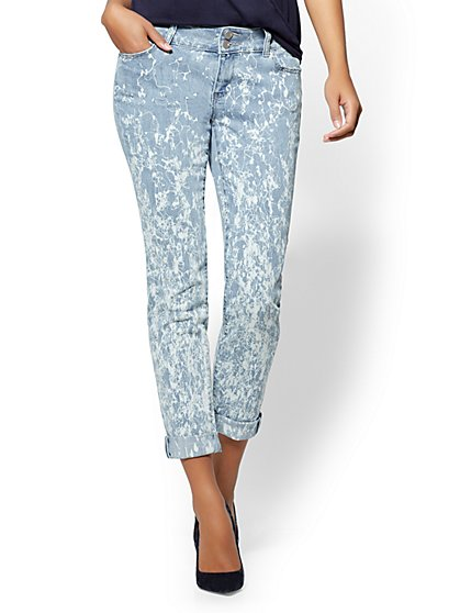 Soho Jeans - Squiggle-Print Boyfriend - Blue Glass Wash - New York & Company