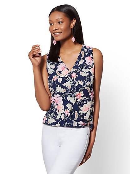 Soho Soft Shirt - Floral V-Neck Wrap - New York & Company