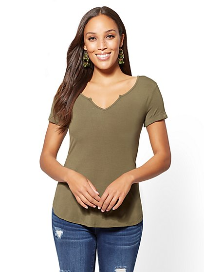 Soho Soft Tee - Olive Split-Neck Top - New York & Company