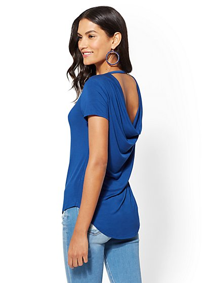 Soho Soft Tee - V-Neck Scoop back Top - New York & Company
