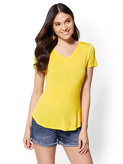 Soho Soft Tee - V-Neck - New York & Company