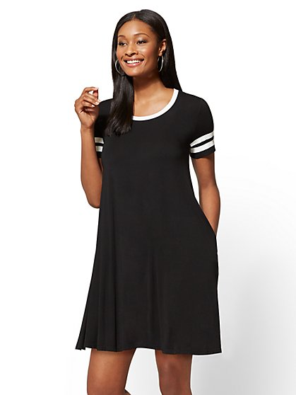 Soho Street - Black & White Swing Dress - New York & Company