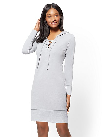 Soho Street - Grommet Lace-Up Hooded Shift Dress - New York & Company