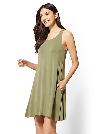 Soho Street - Scoopneck Swing Dress - New York & Company