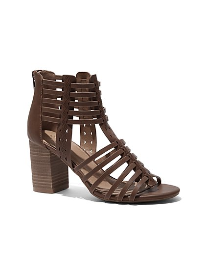 Strappy Stacked-Heel Sandal - New York & Company