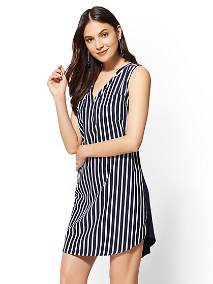 Striped Split-neck Shift Dress - New York & Company