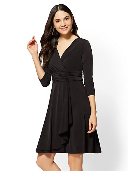 Tall Ruched V-Neck Wrap Dress - New York & Company