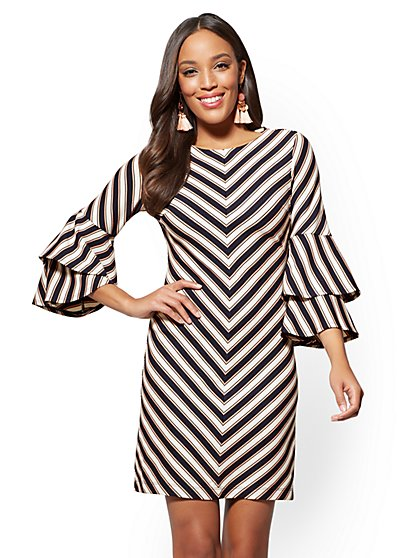 Tiered-Sleeve Shift Dress - Chevron Stripe - New York & Company