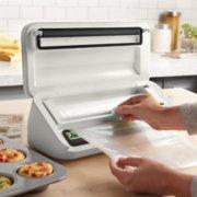 FoodSaver VS2150 Vacuum Sealing System, Food Vacuum Sealer, White/Silver image number 1