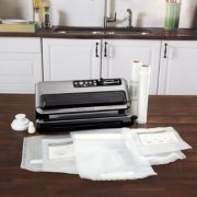 Heat sealer and bags image number 0