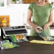 """FoodSaver®  Easy Seal & Peel 11"""" x 14' Vacuum Seal Roll, 2 Pack image number 4"""
