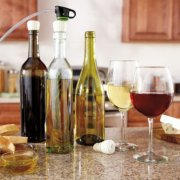 FoodSaver® Bottle Stoppers image number 3