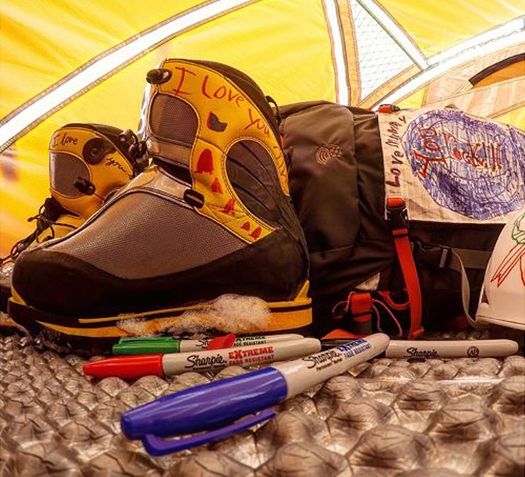 Labeling hiking boots with Sharpie extreme markers