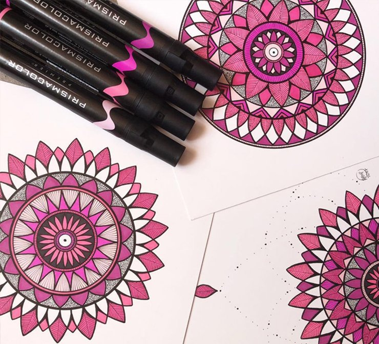Shades of pink Prismacolor markers