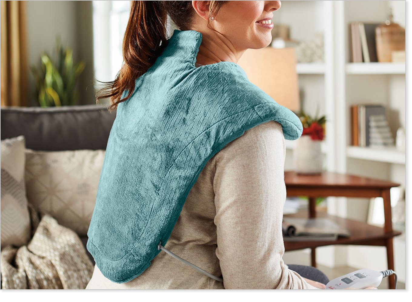 Sunbeam Massaging Renue Heat Therapy Neck and Shoulder Wrap