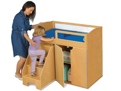 Exceptionnel Step On Up! Toddler Changing Table