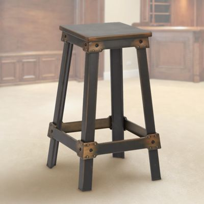 How to Choose Bar Stools for Your Basement
