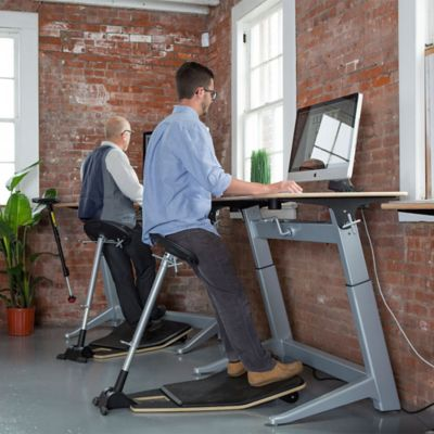 Featured Product: Focal Upright Mogo Indoor/Outdoor Leaning Stool
