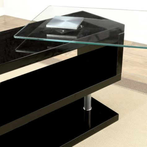 Glass top shown in motion