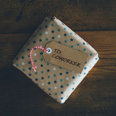 Inexpensive Holiday Gifts for Co-Workers