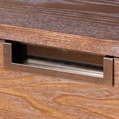 Drawer pull detail
