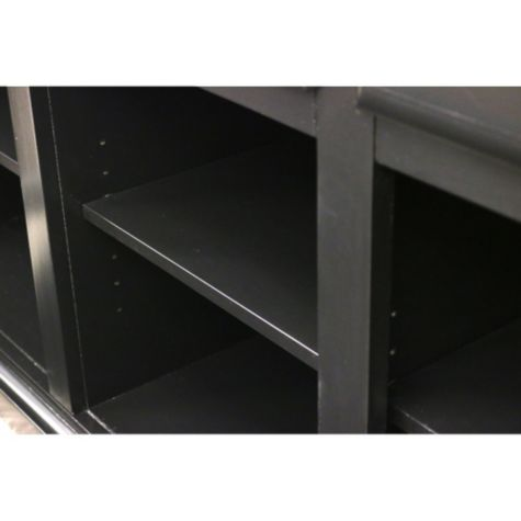 Adjustable shelves
