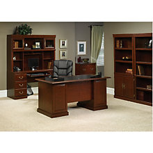 Heritage Hill Traditional Executive Office Suite Ofg Ex0002
