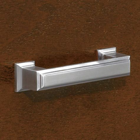 File drawer hardware detail