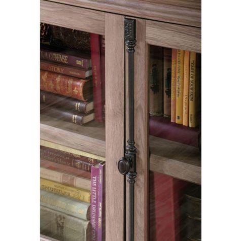 Salt Oak door detail
