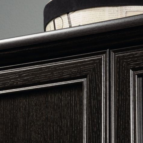 Detailing on door frames