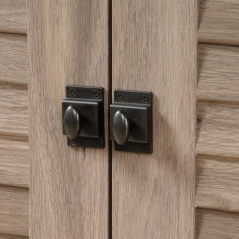 Close up of bottom door hardware