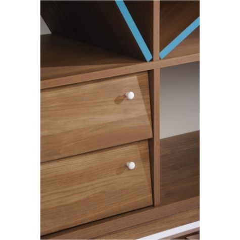 Two pull-out drawers