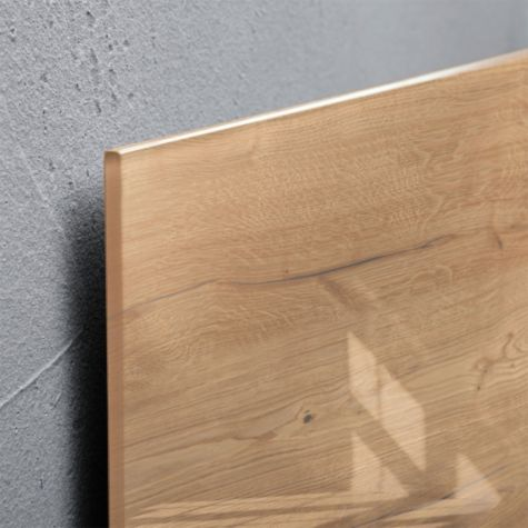 Close up of Natural Wood edge