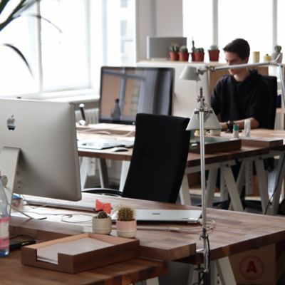 Reasons to Consider a Shared Office Space for Your New Office