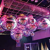 Mirror Spheres (Inflatable) from Rose Brand